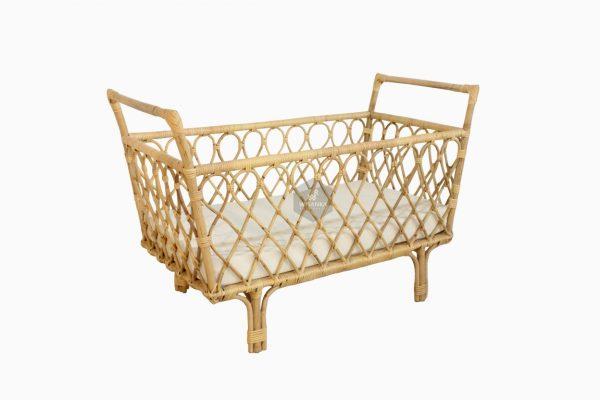 Lily Rattan Baby Crib