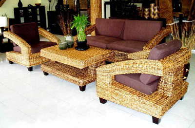 Ritsa Wicker Living Set