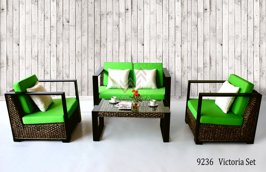 Victoria Wicker Living Set