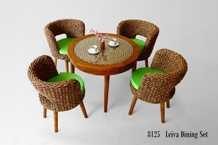 Leiva Dining Set