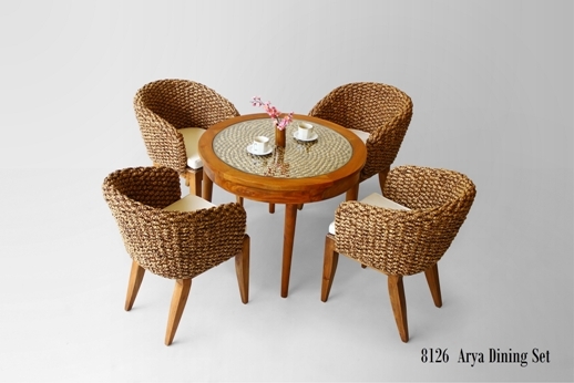 Arya Dining Set