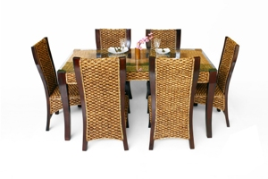 Minang Dining Set
