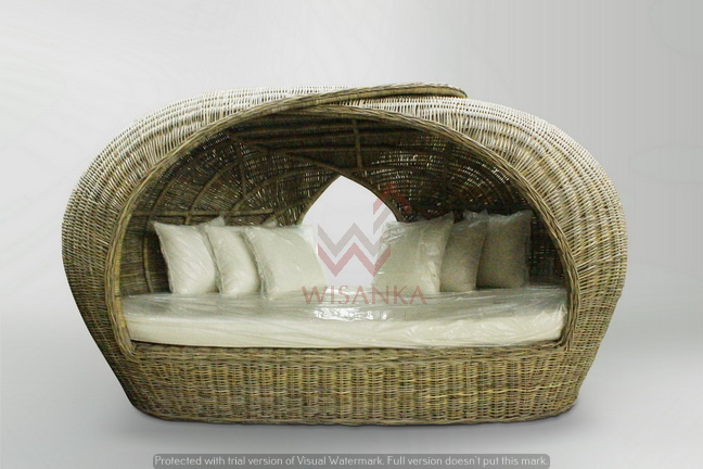 Amma Rattan Daybed