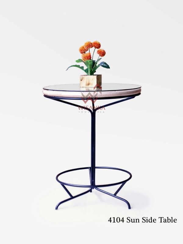 Sun Rattan Side Table