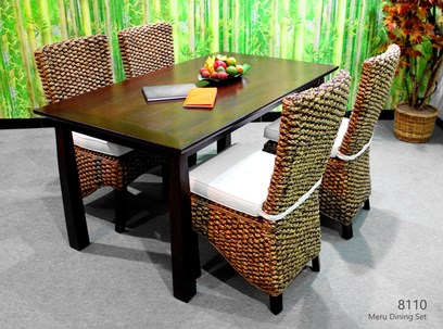 Meru Wicker Dining Set