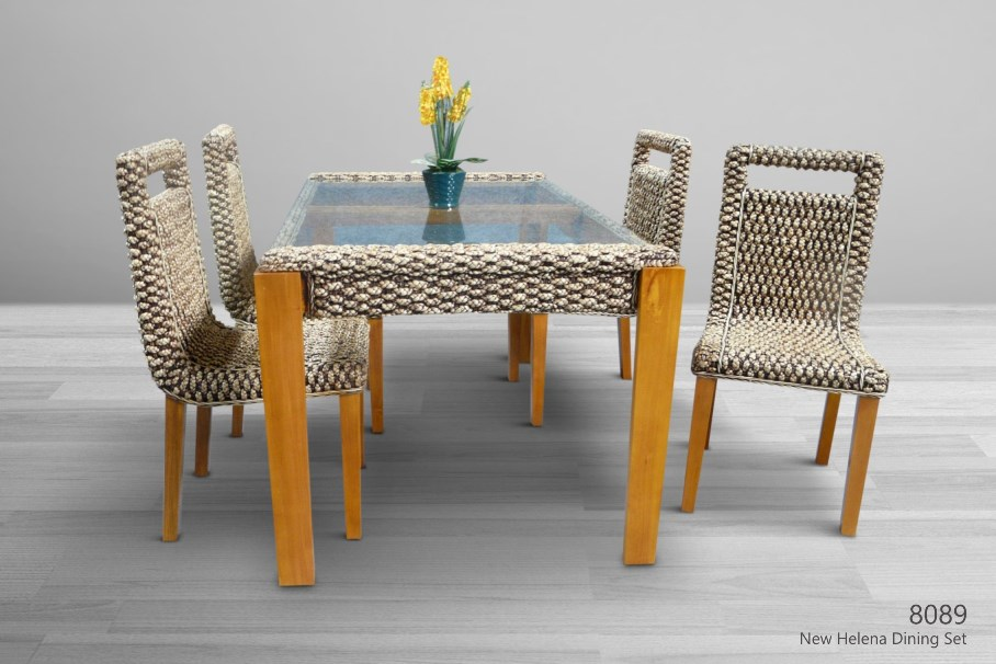 New Helena Wicker Dining Set