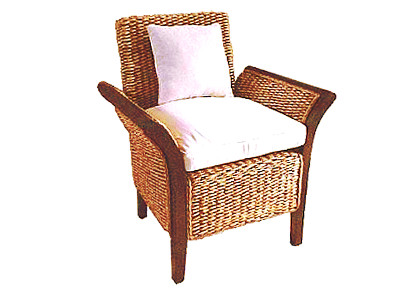Merpati Wicker Arm Chair