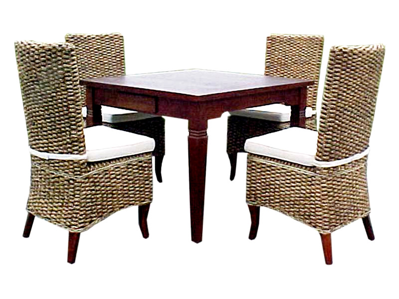 Maly Wicker Dining Set