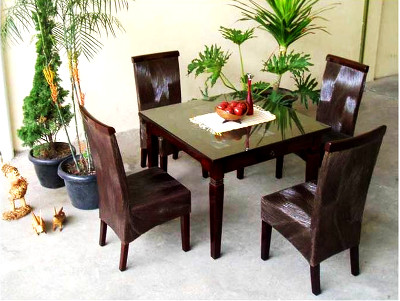 Keisha Dining Set