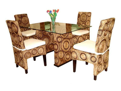 Peppy Dining Set