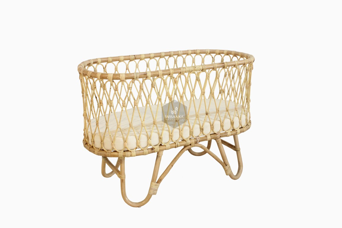 Ovalia Rattan Baby Bassinet Natural